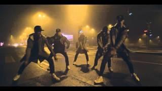 Nu ai vazut oameni care sa danseze astfel!