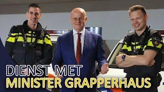 POLITIE  Dienst samen met minister Grapperhaus  Vuurwerk, Honden, Gestolen fiets en koffie.