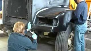 Repairing Freightliner dump truck