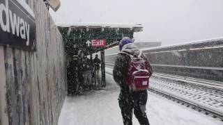 nyc snowstorm 2017 subway trains in the snow sony xperia xz