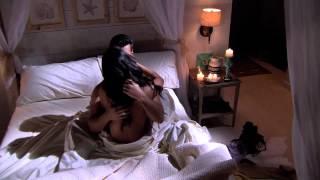 Repeat youtube video Tierra de Reyes | Los Reyes Shirtless Best Scenes 12 | Telemundo Novelas