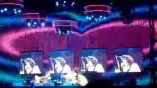 2007年6月6日(水)に、東京ドームで行われたレッチリのコンサートの一部...