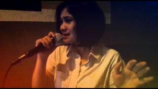 Nike Ardilla - Meraih Rembulan (Song Cover)