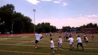 Broncos' DeMaryius Thomas plays with kids