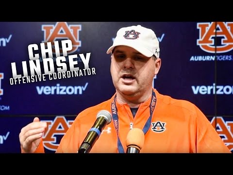 Auburn's Chip Lindsey reverses Gus Malzahn's rule regarding private quarterback gurus