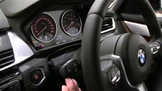 BMW2シリーズ アクティブツアラー225xe:ウィンカーを出すには? BMWの...