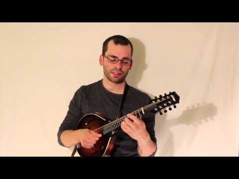 How To Get the Bluegrass Mandolin Sound Part 1. The Flattened Third (Key of G)
