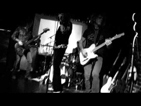 Hedley Grange - Heartbreaker/Living Loving Maid (2011)