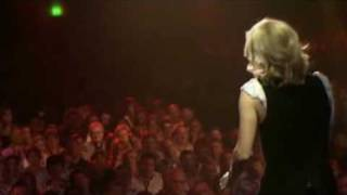 Véronic Dicaire chante la ptite grenouille .wmv