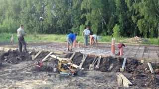 Армирование плитного фундамента(, 2012-07-03T09:14:14.000Z)