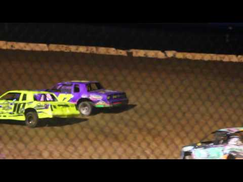 MVI 1216 STUART SPEEDWAY 7/31/2016 STOCK CAR FEATURE