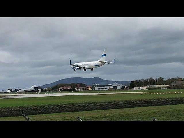 Una fuerte tormenta impide el aterrizaje de un avión en Austria