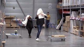 Skjult kamera: «Towel prank» på IKEA