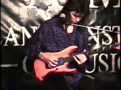 Paul Gilbert at AIM 1989
