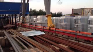 Установка троллейного шинопровода на козловой кран(, 2014-08-06T23:04:03.000Z)