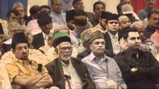 Urdu Nazm: Khuda Kay Pak Logon Ko Khuda Say Nusrat Ati Hay (Jalsa USA 2011)