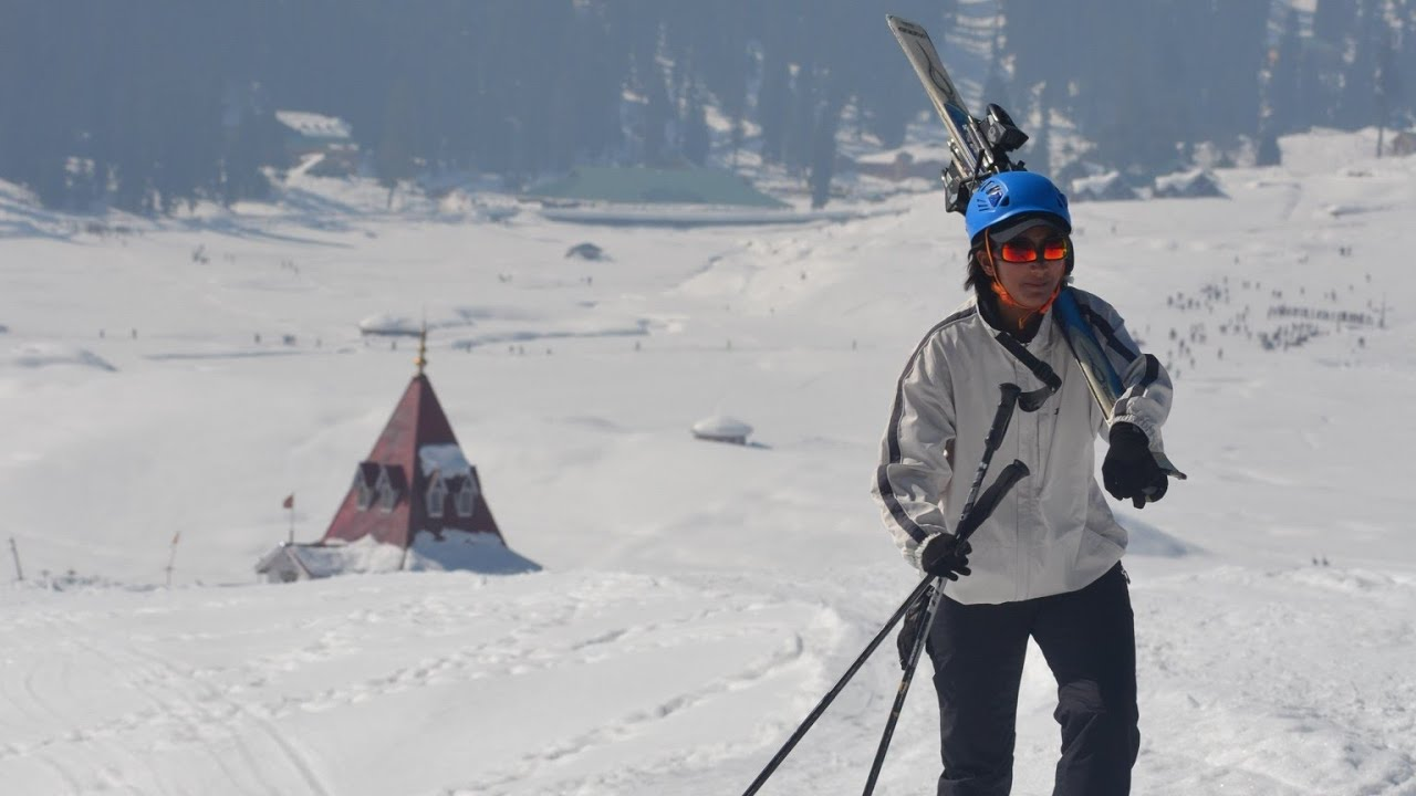 SKIING IN GULMARG INDIA 2020 | jawahar institute of mountaineering and winter sports