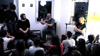 Bird Radio Live at Sofar Sounds Berlin - Who Killed Cock Robin?