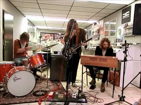 DeWolff - Ede, Velvet Music Instore 6th october 2012 [Full Gig] mp3