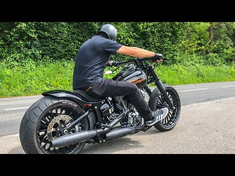 EXHAUST SOUND OF HARLEY-DAVIDSON BREAKOUT (PART 3)