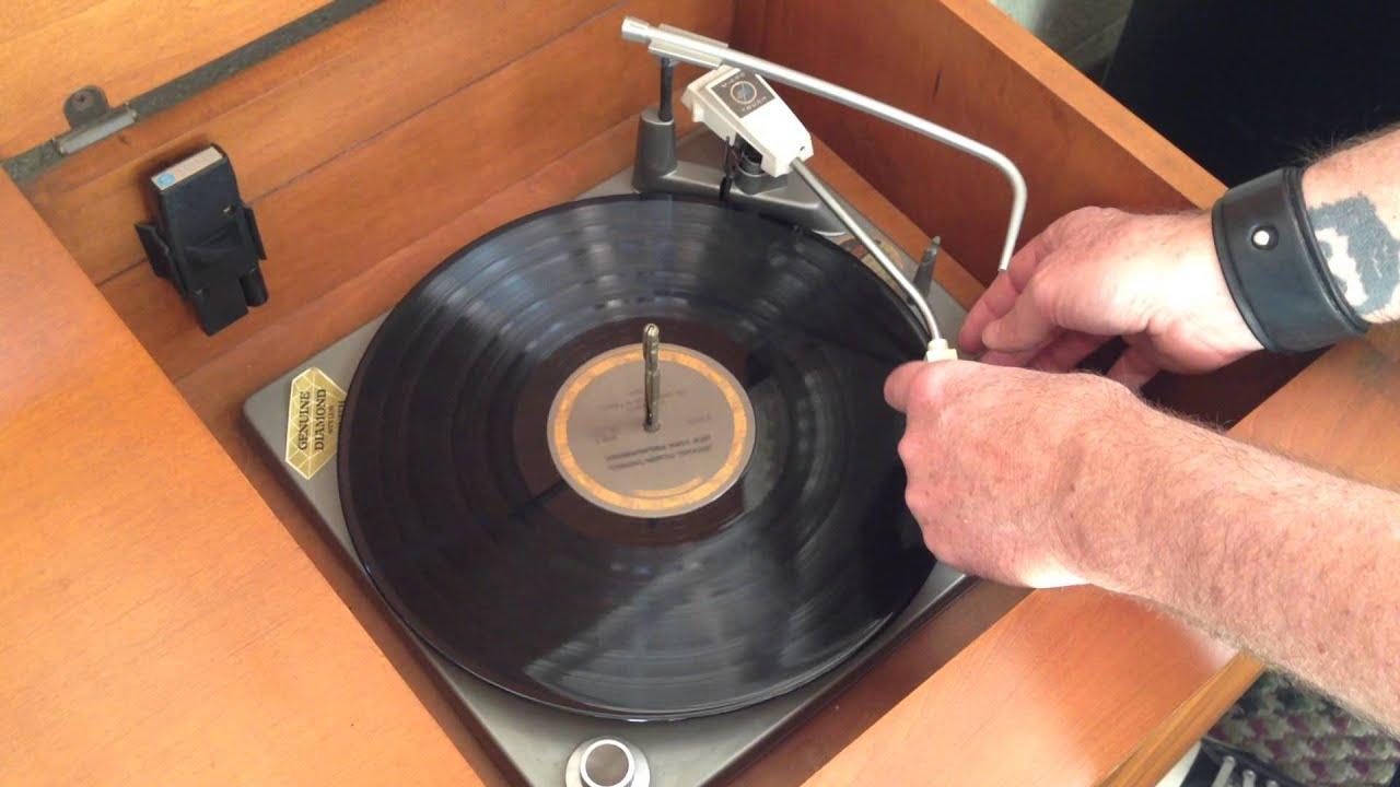 Zenith TV Console w/ Radio & Record Player