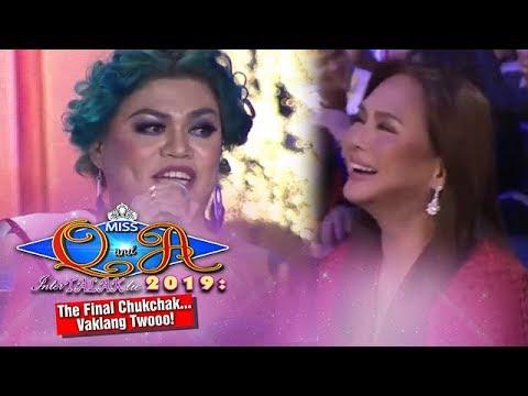It's Showtime Miss Q & A Grand Finals: Ms Charo Santos laughs at Brenda's joke