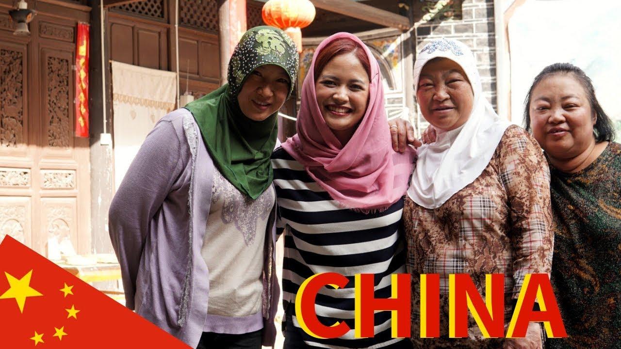 MUSLIM VILLAGE IN CHINA | Travel Deep in Yunnan, China