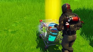 CAN YOU CARRY ITEMS IN THE SHOPPING CARTS IN FORTNITE?! - Fortnite Mythbusting