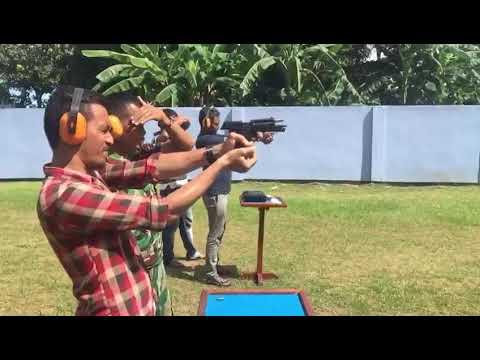 Rental Mobil Pontianak Feat Driver Profesional Pontianak Sesi Latihan Menembak