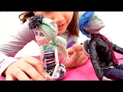 Детские игры для девочек и видео про куклы Монстер Хай: Детские игрушки для девочек  распаковка