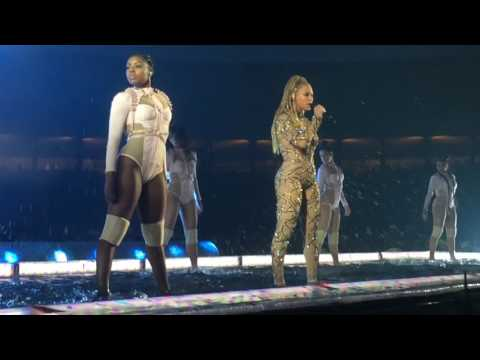 'Freedom' - Beyonce Live on The Formation World Tour with Acapella Intro (Front Row)