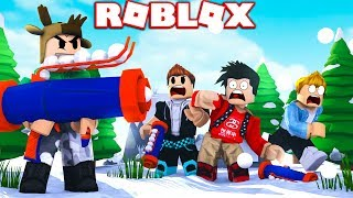 ROBLOX SNOW FIGHTING SIMULATOR! (SNOWBALL ROCKET LAUNCHER)