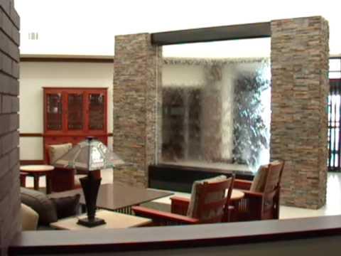 Водопад в холле