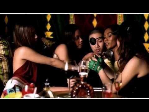 Remember Chinese-American Rapper MC Jin? He's Back (Sorta