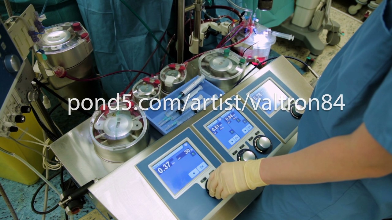 Perfusionist Control Heart Lung Machine In Operating Room Youtube