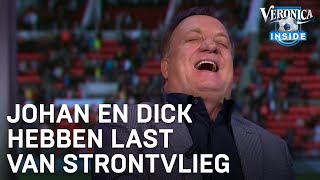 """Dick Advocaat en Johan Derksen last van strontvlieg in studio: """"We zijn niet snel genoeg"""""""
