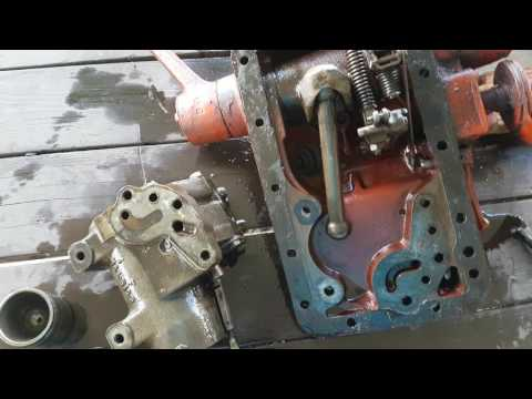 Ford NAA closer look at hydraulics