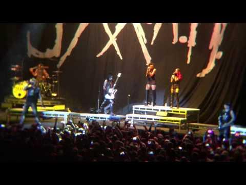 Sixx:AM - Life Is Beautiful (Live at Maverik Center, 10/25/16)