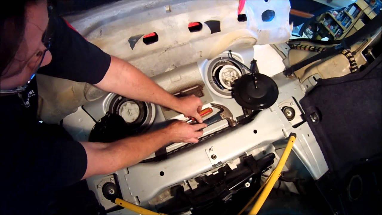DIY Fuel Pump removal Range Rover HSE (2004) and