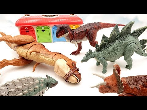 Let's Defeat T-Rex, Which Annoys The Toys. Jurassic World 2 Fallen Kingdom Dinosaur Toys Are Brave~