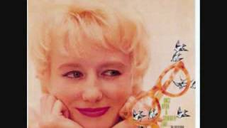 Blossom Dearie - They say it`s spring