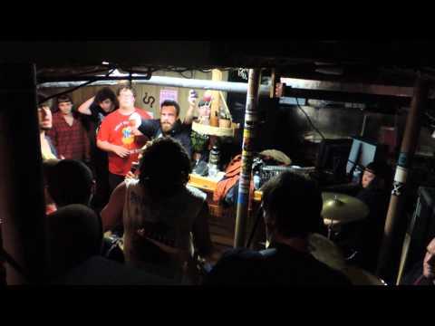 Urban Waste FULL SET Live @ Basement Show - Dover, NH 12/21/13