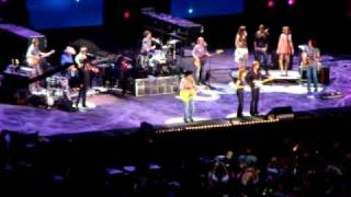 brooks dunn and reba mcentire cowgirls don t cry cma festival 2009