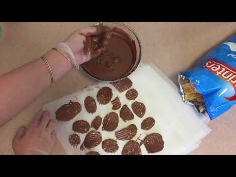 Sara Learns How To Chocolate Cover Potato Chips (Hercules Candy remake #5)
