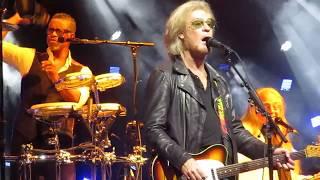 Daryl Hall & John Oates - Say It Isn