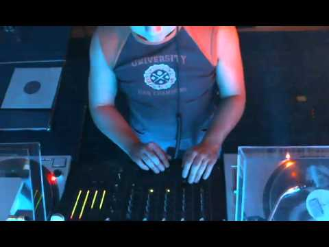 Independent - Electronic Club Mix - New House and Techno Music Releases - Live Mix - by 1200AM