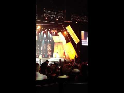 Akon - Miss USA 2012 - Dress Rehearsal