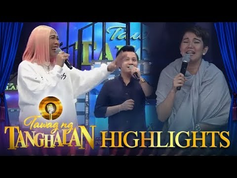 Tawag ng Tanghalan: Vice Ganda gets distracted by Tyang Amy