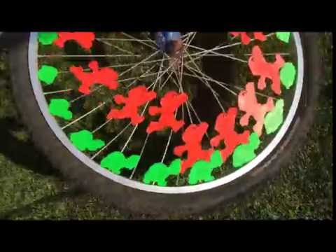 3D Printed Super Mario Zoetrope for Your Bike