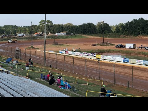 Modified Dirt Track Racing. Southern Raceway